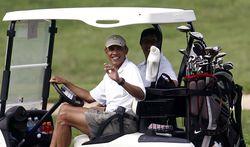 Obama-Golfing