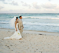Wedding_couple_beach