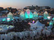 800px2004_winter_carnival_ice_castle_28n